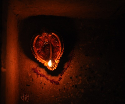 Small Decorative Clay Lamp